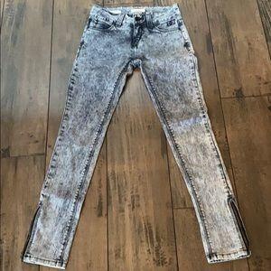 Silence + Noise Acid Wash Skinny Jeans